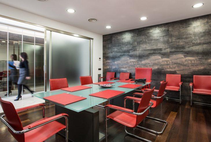 uffici leasecredi sedie sala riunioni