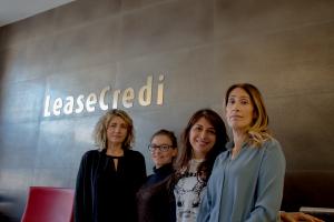 quattro donne ufficio leasecredi